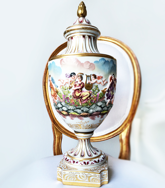 PAREJA - Porcelana - Real Manufactura de Nápoles - c.1890